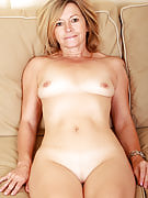Fun loving Susie from Nearly all Over 30 spreads her 48 yr old rear spacious
