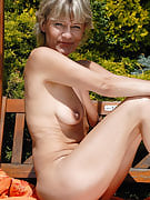 At just 45 years past times Sherry D appearance great nude outside as part of the sunshine