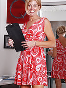 Golden-haired MILF Liz takes off the lady gown after completing the business days get the job done