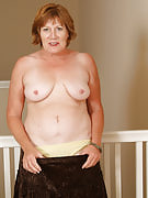 47 spring old Samanth D after 30 plus Ladies growing her pussy