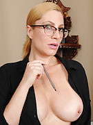 Hot golden-haired 40 yr old secretary Jennifer Best growing her tiny slit