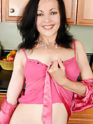 Petite housewife Claudia K from 30 plus Ladies spreads wide within the kitchen