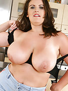 Busty MILF Olarita has fun with her tits after this girl housework
